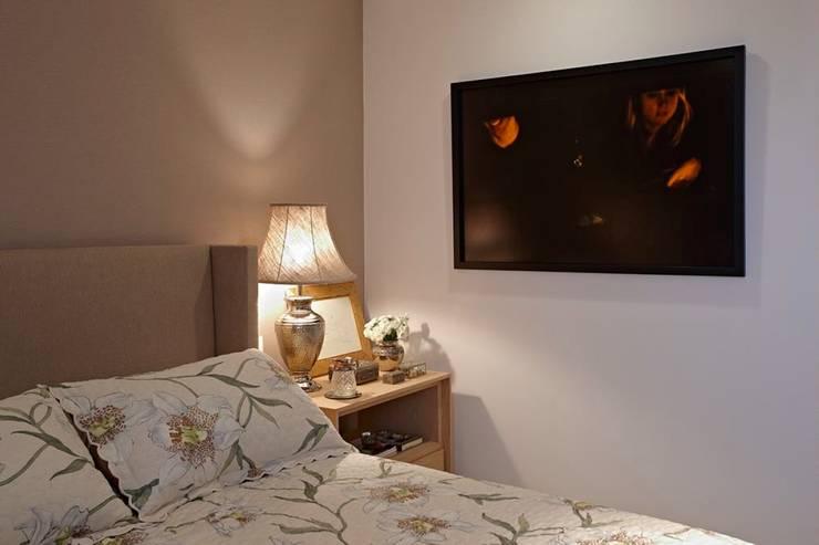 Apartamento Ninho: Quarto  por Coutinho+Vilela