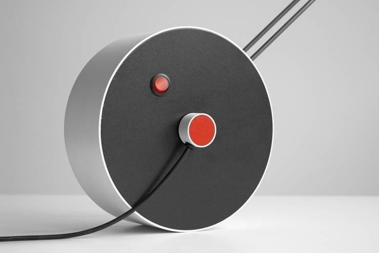 Lampa DODO: styl , w kategorii Domowe biuro i gabinet zaprojektowany przez Flapo