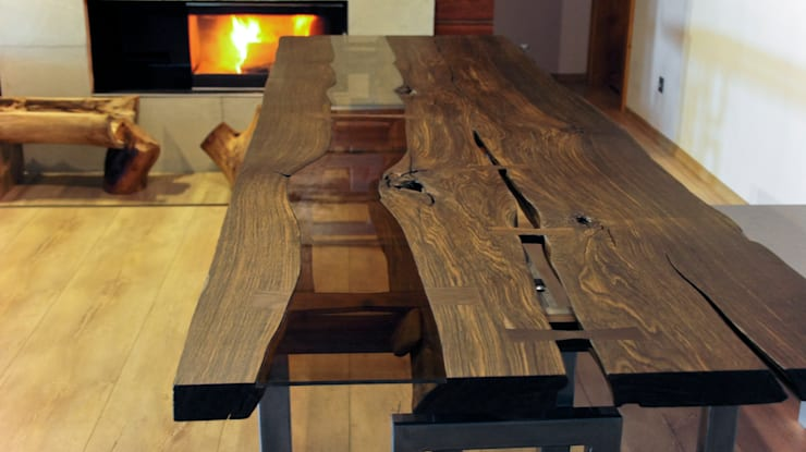 Stół czarny dąb: styl , w kategorii Salon zaprojektowany przez Old Wood Design