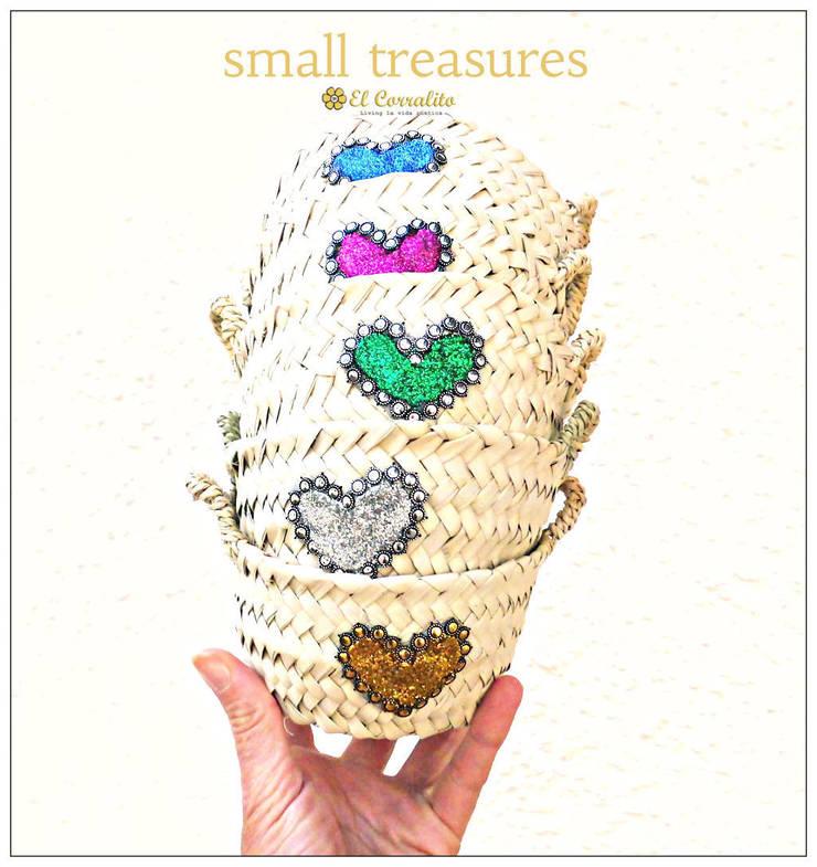 SMALL TREASURES (all colours): Hogar de estilo  de El Corralito de TARIFA RAK