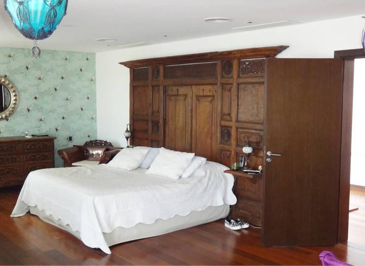 Otros muebles de Opiusly: Dormitorios de estilo  por Opiusly