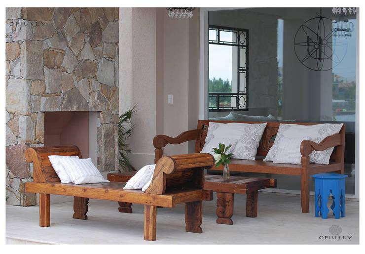 Otros muebles de Opiusly II: Jardines de estilo asiático por Opiusly