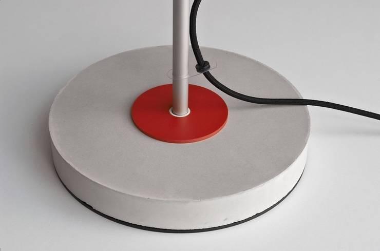 Lampa LAB: styl , w kategorii Domowe biuro i gabinet zaprojektowany przez Flapo