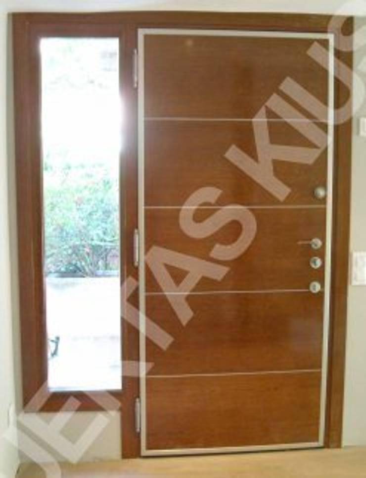 FIJO 5: Puertas y ventanas de estilo  de PUERTAS KIUSO
