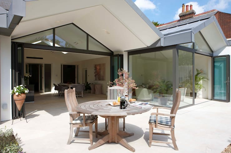 Chiltern Road, Hitchin : modern Houses by Pentangle Design
