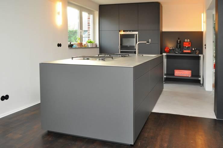 k che nach ma im ruhrgebiet i von klocke m belwerkst tte. Black Bedroom Furniture Sets. Home Design Ideas