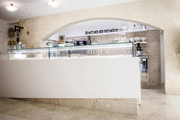 Bars & clubs by DressHome di Maria Incampo