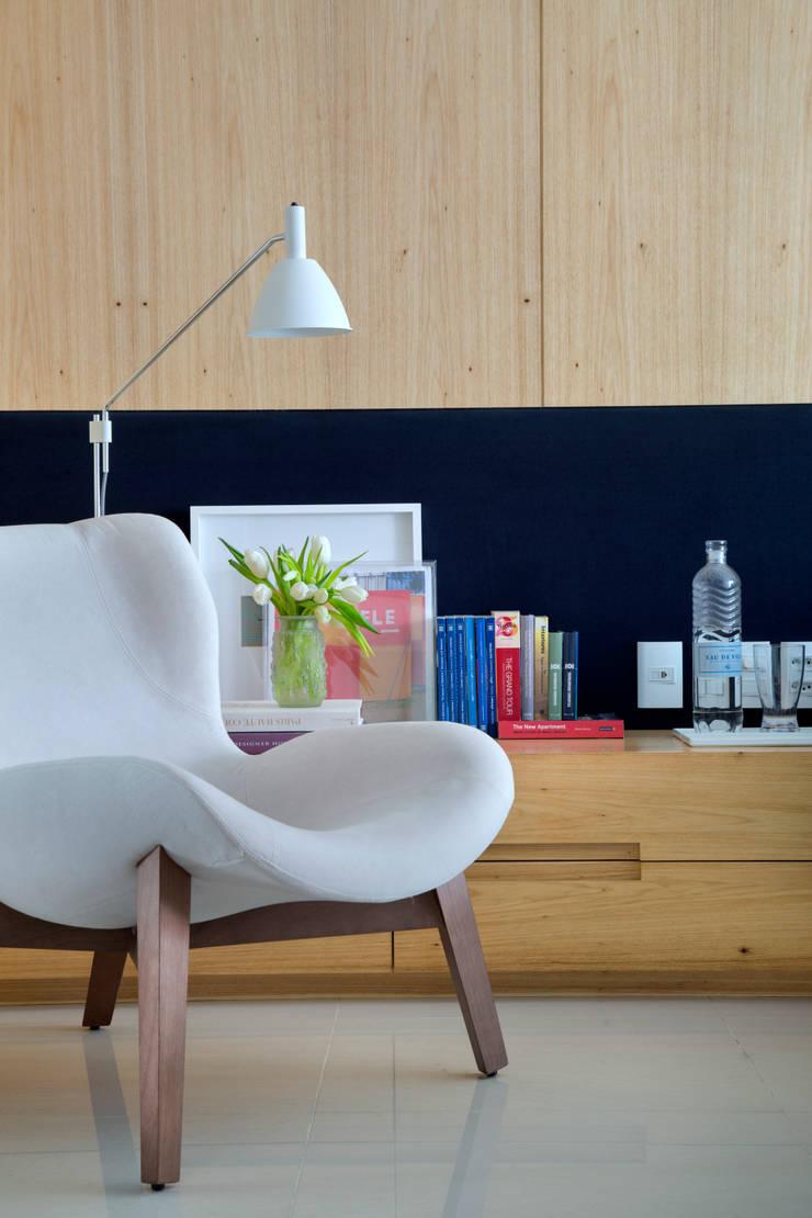 Cobertura MMJ: Quarto  por Yamagata Arquitetura