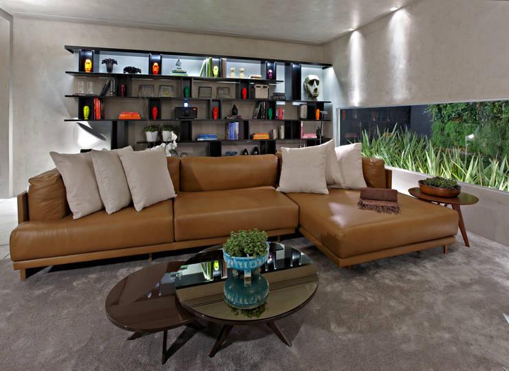 Sala de Estar - Softroom : Salas de estar  por Ana Paula Carneiro Arquitetura e Interiores,