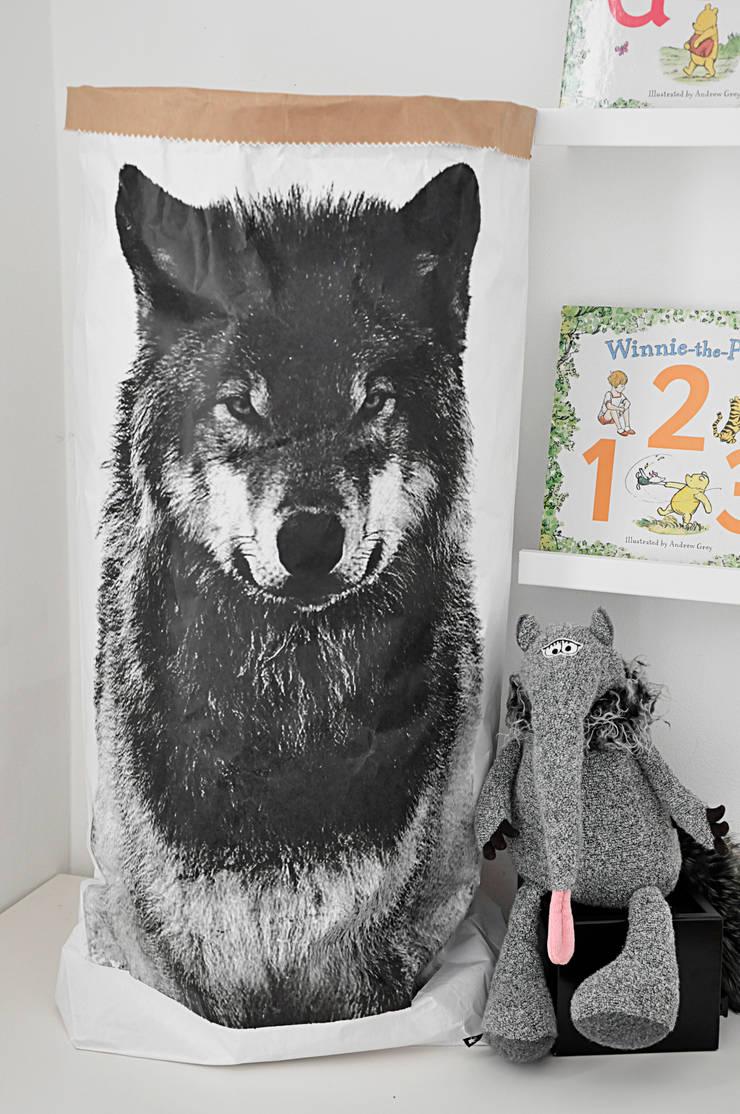 Worek papierowy: styl , w kategorii Pokój dziecięcy zaprojektowany przez Artist's Workshop Anna Biardzka-Giza