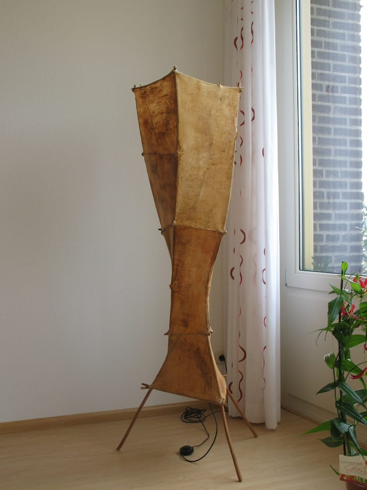 lichtsculptuur Margane:  Woonkamer door Elly Pingen Ecodesign