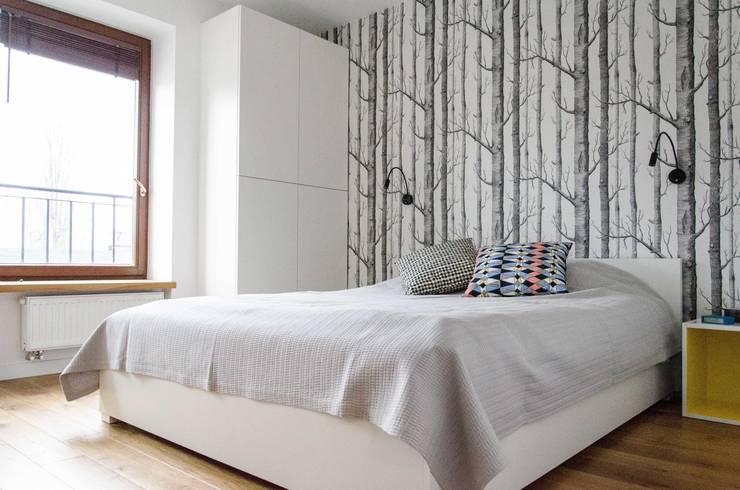 mieszkanie pomiędzy miastami   between big cities: styl , w kategorii Sypialnia zaprojektowany przez Studio Malina