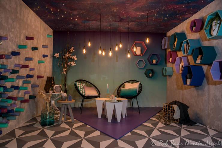 Salas de estar minimalistas por Nimeto Utrecht