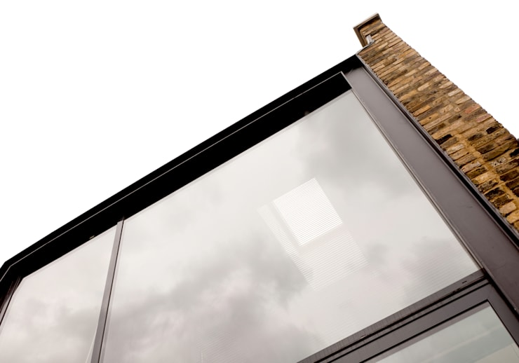 Main Glazing Detail:  Terrace by Twist In Architecture
