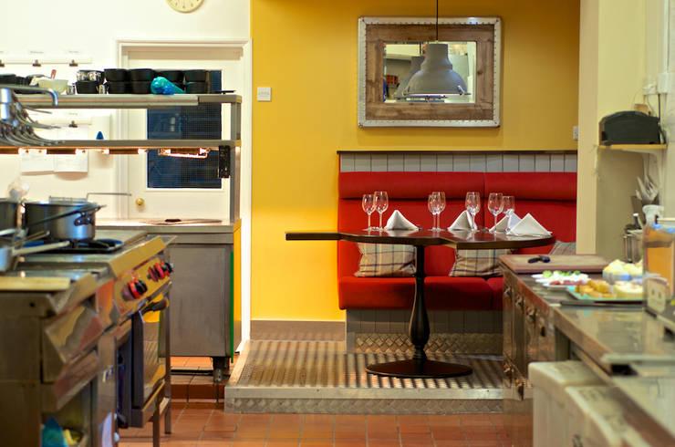 Restaurants de style  par Rachel McLane Ltd