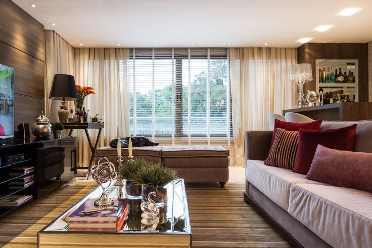 Apartamento Bela Vista 3: Salas de estar  por Mundstock Arquitetura