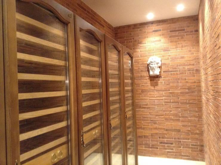 Vista bodega: Bodegas de estilo  de Gramil Interiorismo II - Decoradores y diseñadores de interiores