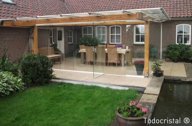 Projekty,  Domy zaprojektowane przez ALLGLASS CONFORT SYSTEM