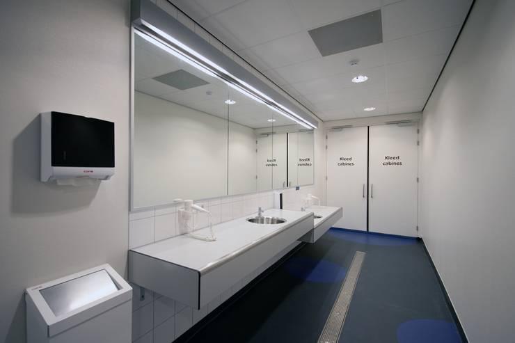 MFA BUBBELS, ZWOLLE:  Gezondheidscentra door Van den Berg Architecten Houten