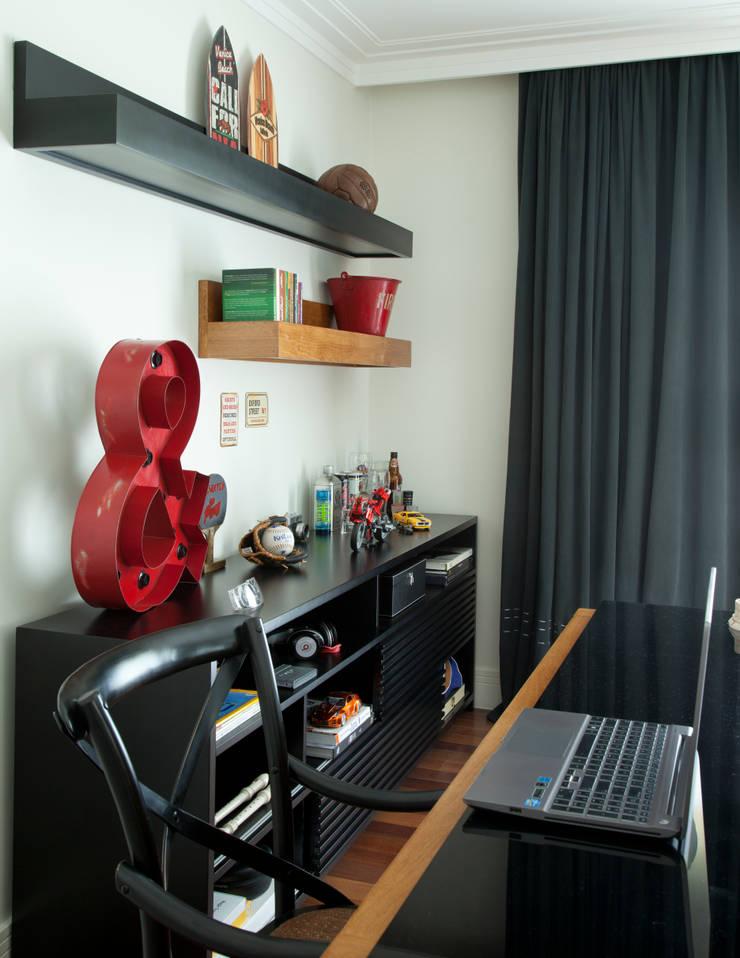 Local de estudo: Quartos  por Vilma Massud Design de Interiores