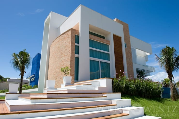 A15 Residência: Casas modernas por Canisio Beeck Arquiteto