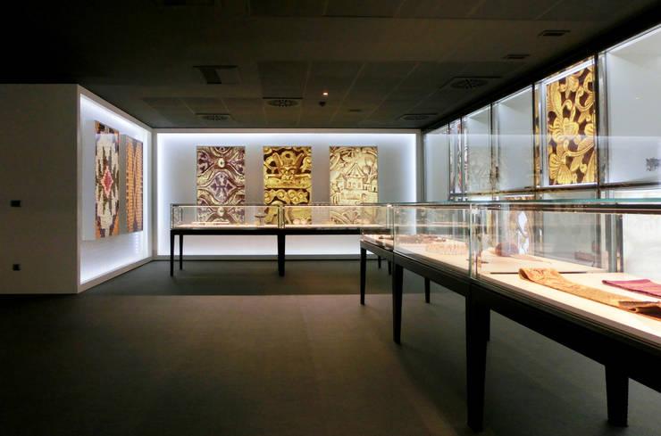 Louis Vuitton Spain - Museo del cinturón: Oficinas y Tiendas de estilo  de Daifuku Designs