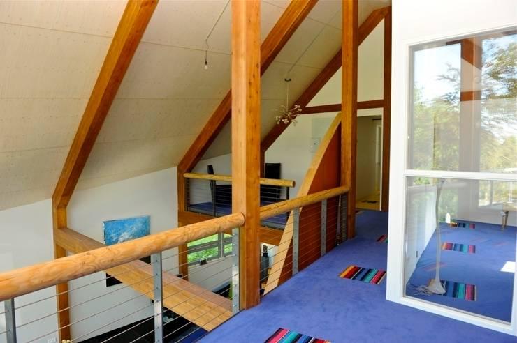 Woonhuis te Aarlanderveen:  Studeerkamer/kantoor door SEP  Blauwdruk architecten