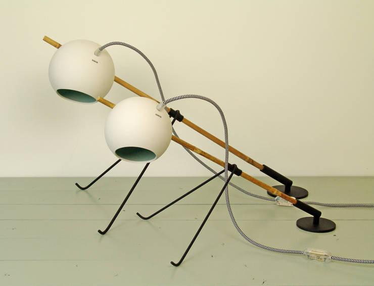 Grasshopper pistache with zebra powercord:   door Rebob, Scandinavisch