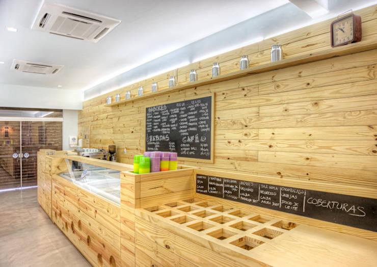 Sorvete Finlandês: Espaços gastronômicos  por studio scatena arquitetura
