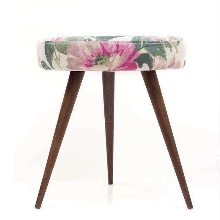 stołek | zielony kwiat: styl , w kategorii Salon zaprojektowany przez Magiel