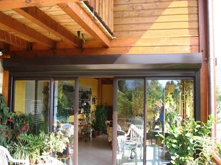 Vue extérieure de l'extension: Maisons de style  par Godet Romuald Architecture