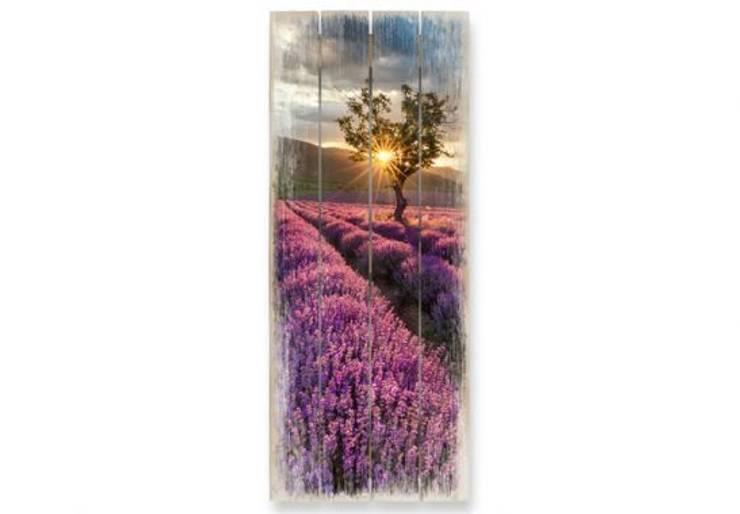 Tableau sur bois - Champ de lavande en Provence: Murs & Sols de style  par wall-art.fr