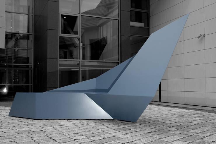 Seating sculpture Nero:  Kunst  von homify