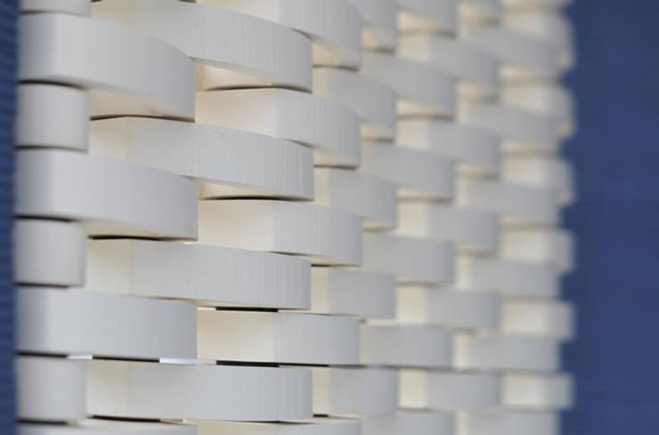 Walls by 株式会社 虔山