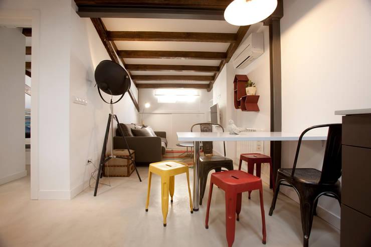 de estilo  por Conejero Arquitectura