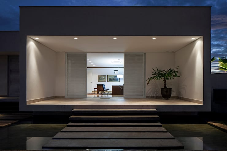 minimalistic Houses by Aguirre Arquitetura