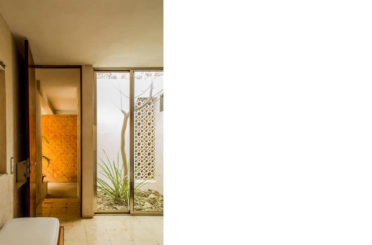 Habitaciones de estilo  por TACO Taller de Arquitectura Contextual