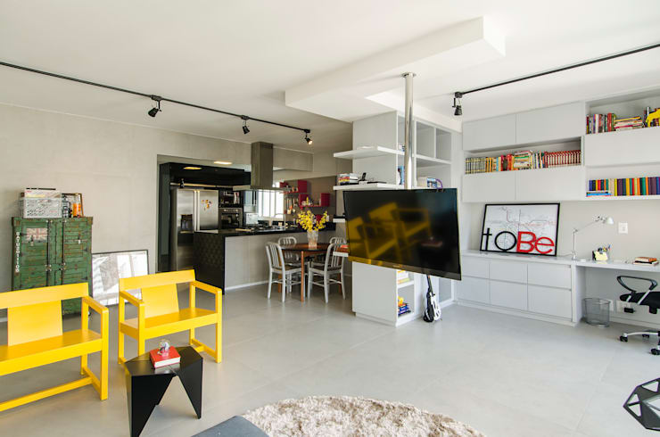 Apartamento Vila Nova Conceição: Salas de estar modernas por Marcella Loeb