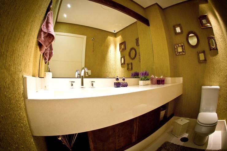 Lavabo: Banheiros modernos por INOVA Arquitetura