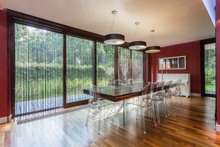 Salas de jantar modernas por Michał Młynarczyk Fotograf Wnętrz