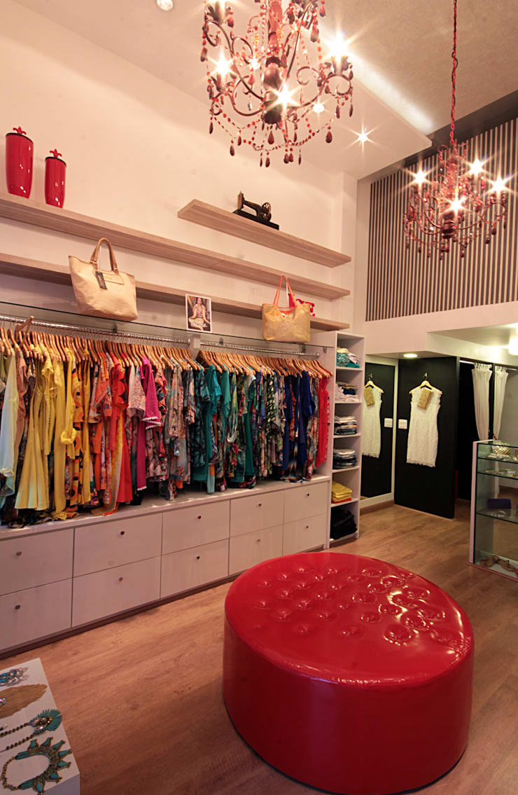 Loja Apple – moda feminina: Lojas e imóveis comerciais  por Celia Beatriz Arquitetura,Moderno