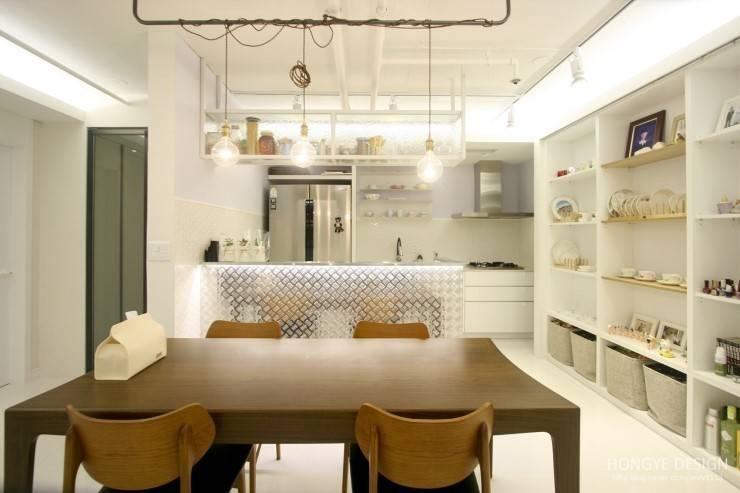 Salas de jantar modernas por 홍예디자인