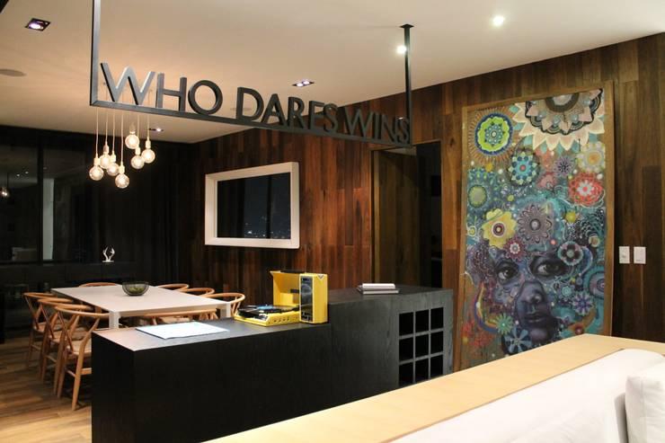 Barra de Bar, Hat Diseño: Comedores de estilo  por Hat Diseño