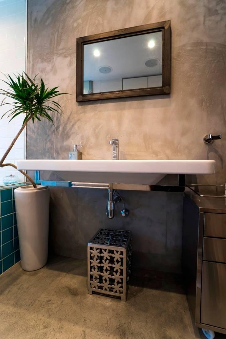サニタリー: QUALIAが手掛けた浴室です。,