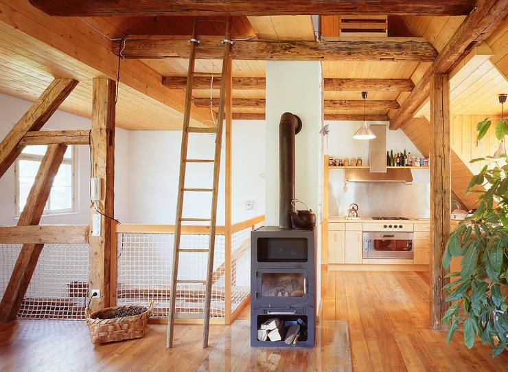 rustic Living room by Kohlbecker Gesamtplan GmbH