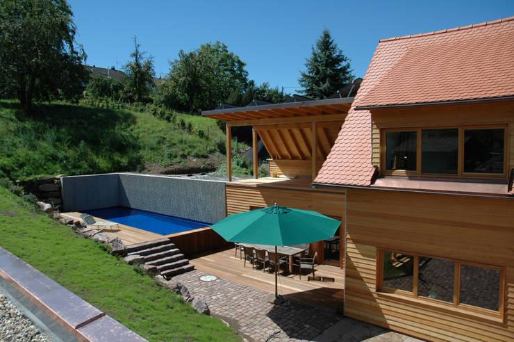 Projekty, nowoczesne Domy zaprojektowane przez Kohlbecker Gesamtplan GmbH