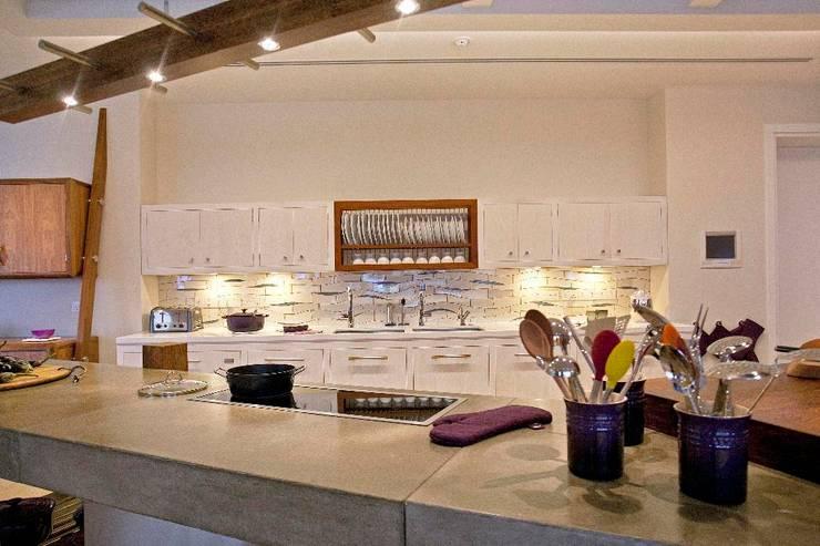 Kitchen by Johnny Grey, Mediterranean