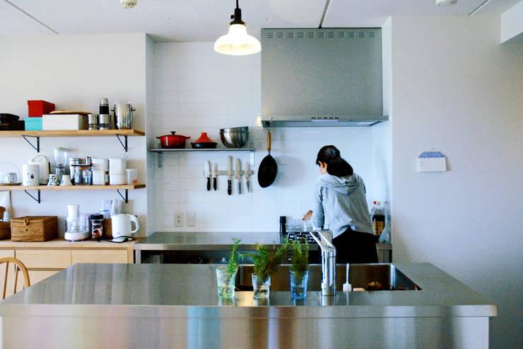 KITCHEN: GRID DESIGN 株式会社が手掛けたキッチンです。,北欧
