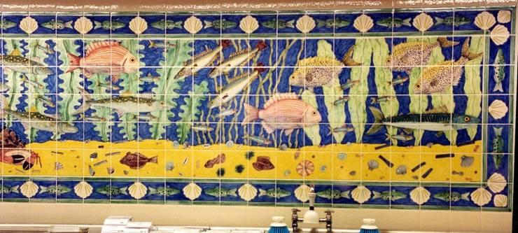 購物中心 by Reptile tiles & ceramics, 古典風