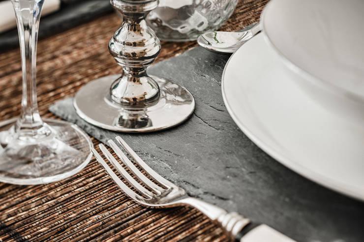 Crucina, restaurante crudivegano: Comedor de estilo  de Marta del Valle